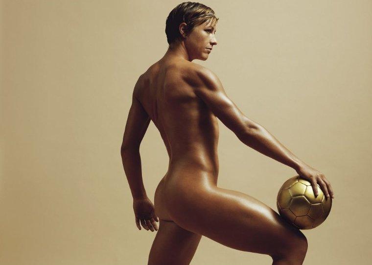 Известная спортсменка снялась в порно